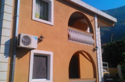 dom-v-sutomore (1)