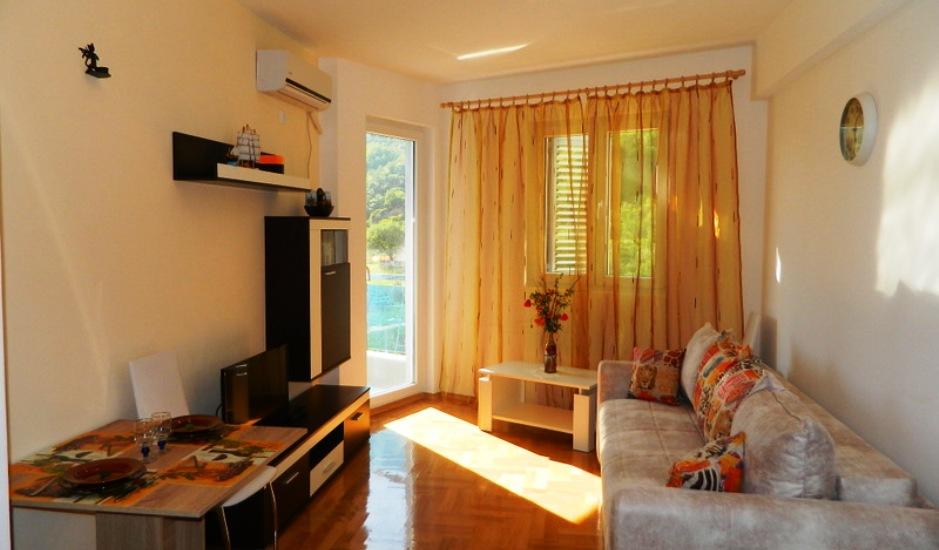 Двухкомнатная квартира в новом доме в Бечичи