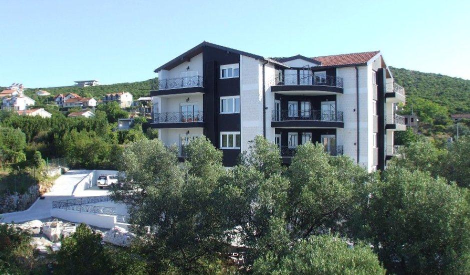 Апарт-отель в Кримовице