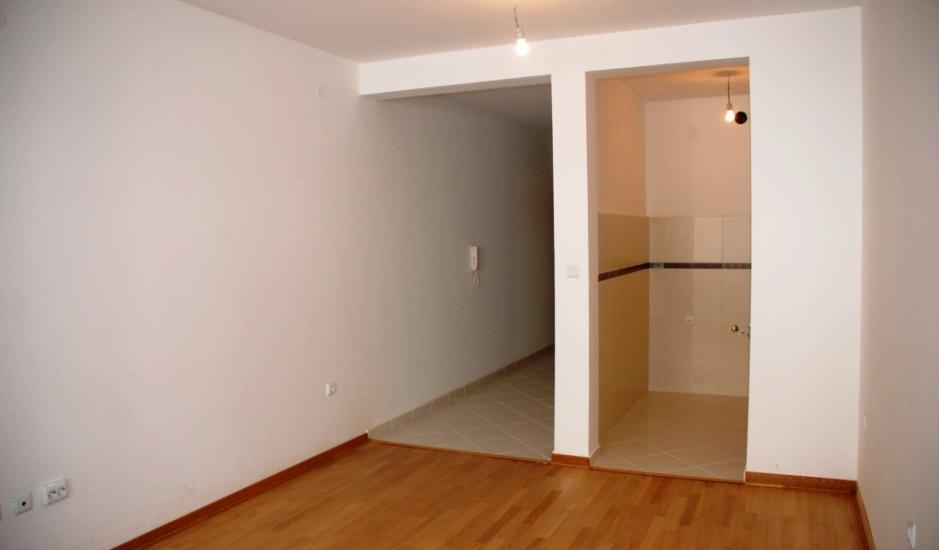Студия в новом доме в Будве недорого