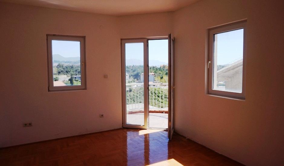 Квартира с двумя спальнями в районе Герцег Нови