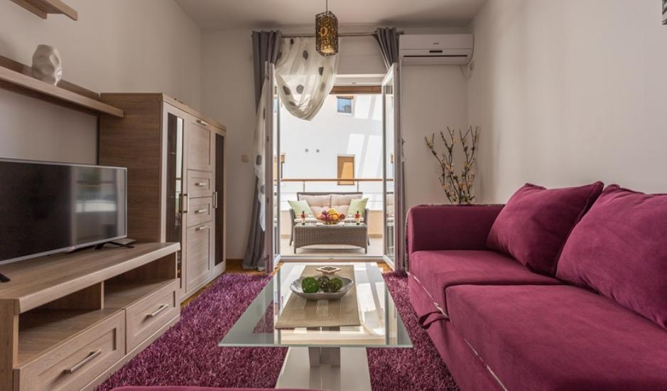 Квартира в клубном комплексе в Дженовичи