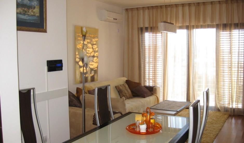 Квартира с 2 спальнями и видом на море