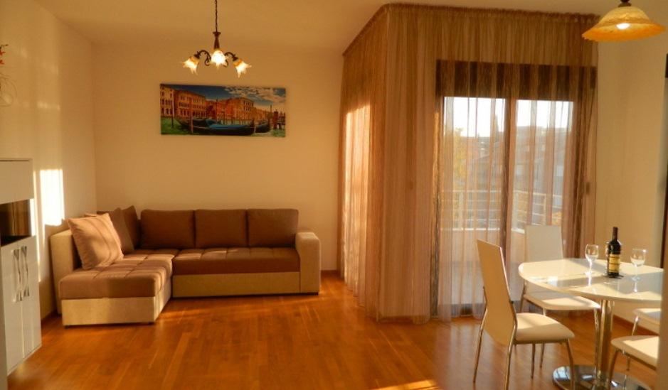 Новая квартира в аренду в Бечичи