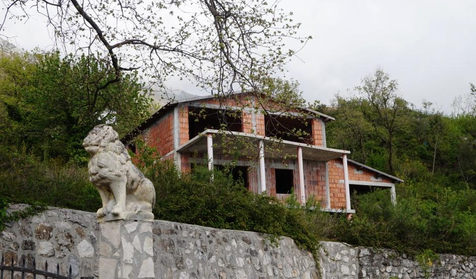 Дом на стадии строительства в Лапчичи
