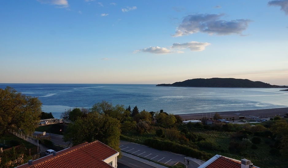 Квартиры с видом на море в Бечичи