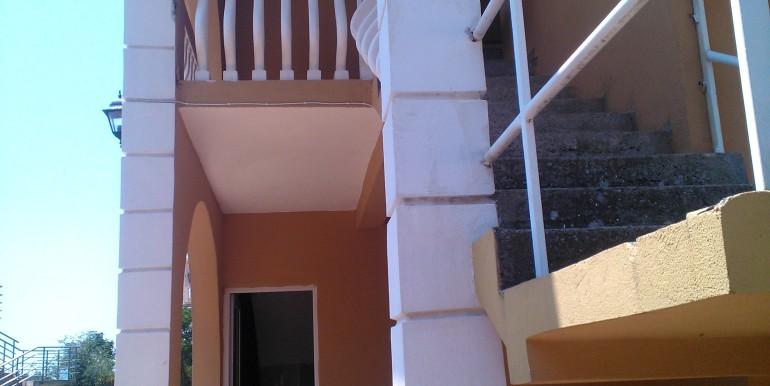 dom-v-sutomore (7)