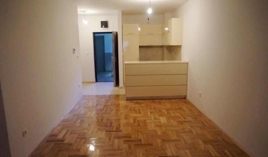 Квартира в новостройке в Будве