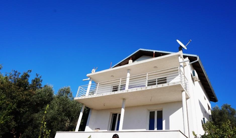 3-этажный дом в Кримовице