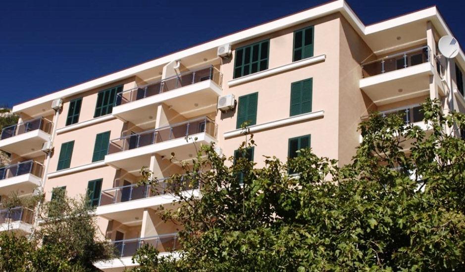 Недорогая квартира в Бечичи 300м до моря