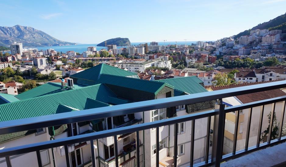 Новая квартира с видом на море в Будве