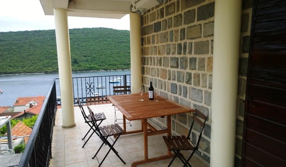 Квартира с видом на залив в Бигово