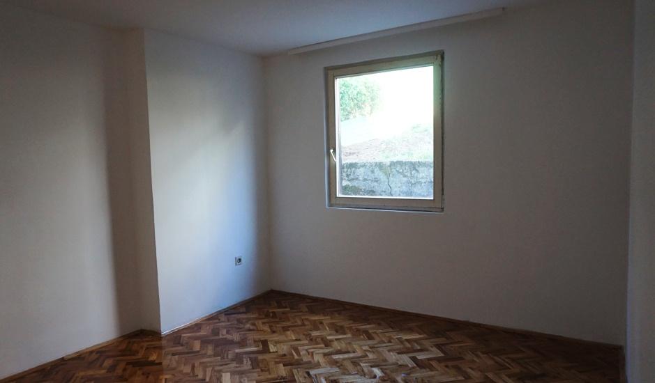 Доступная по цене квартира в Будве
