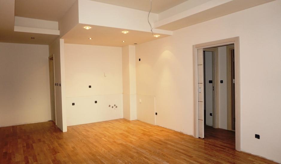 Новая квартира с 2 спальнями в Будве