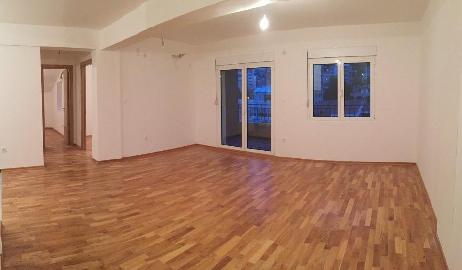 Квартиры в новом доме от застройщика в Будве