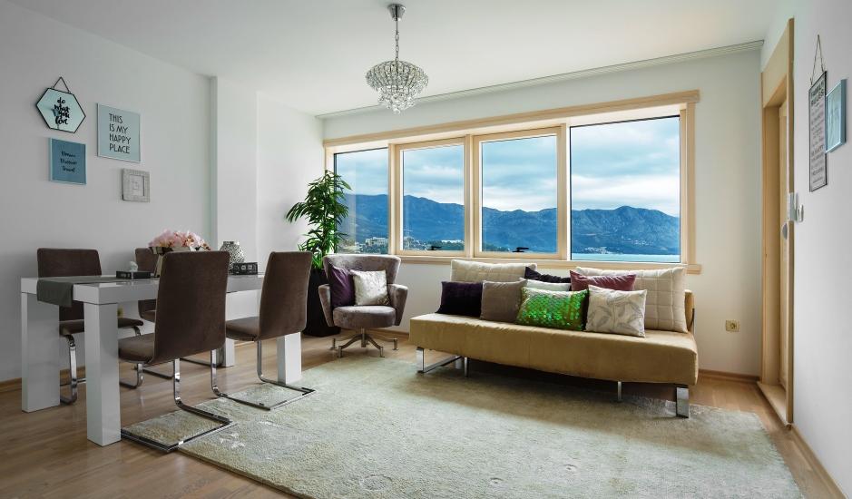 Новый апартамент на 1 линии моря в Будве