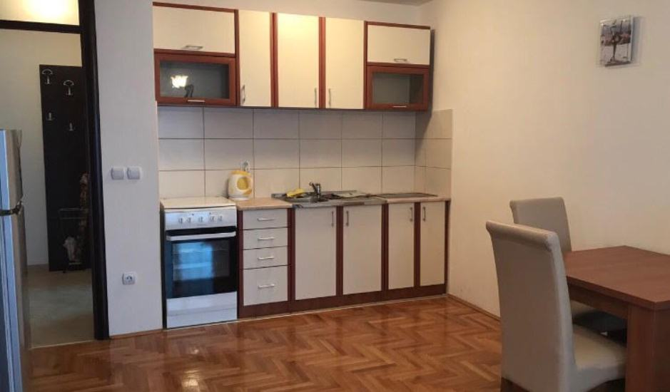Квартира-студия в Будве недорого