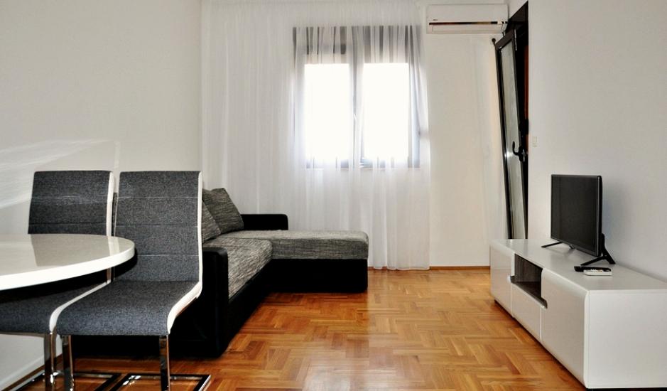 Меблированная квартира в Подмайне, Будва