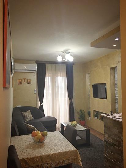 Квартира с 1 спальней в Тивате