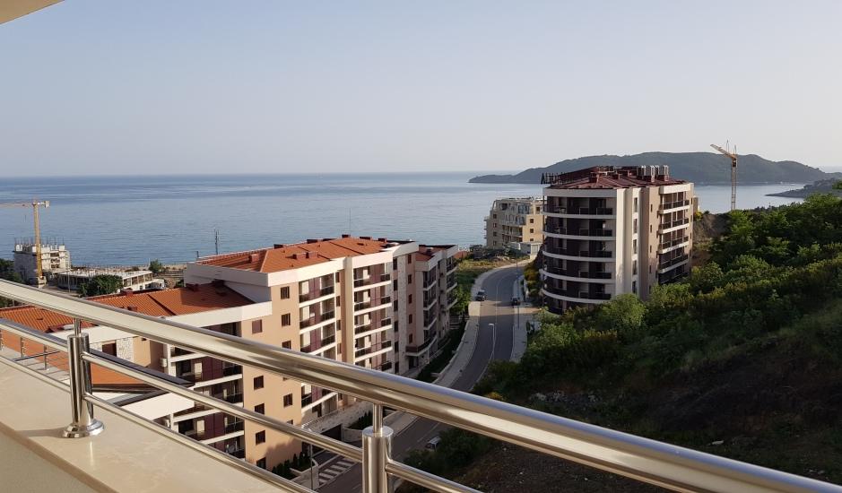 Новая квартира с гарантированным видом на море в Бечичи