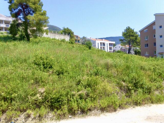 Строительный участок в Тивате