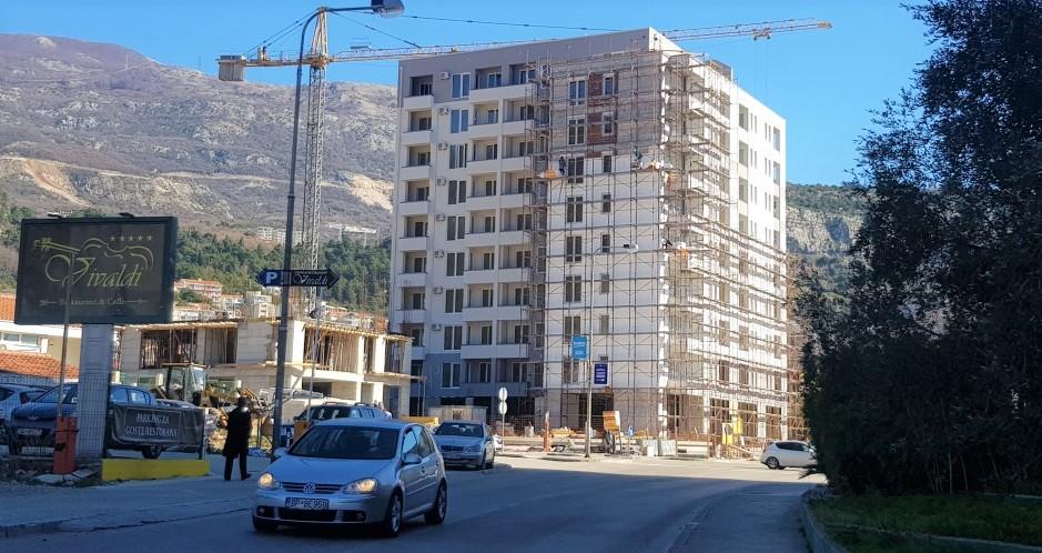 Квартиры в строящемся комплексе в Будве