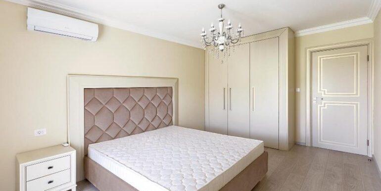 townhouse bedroom lastva